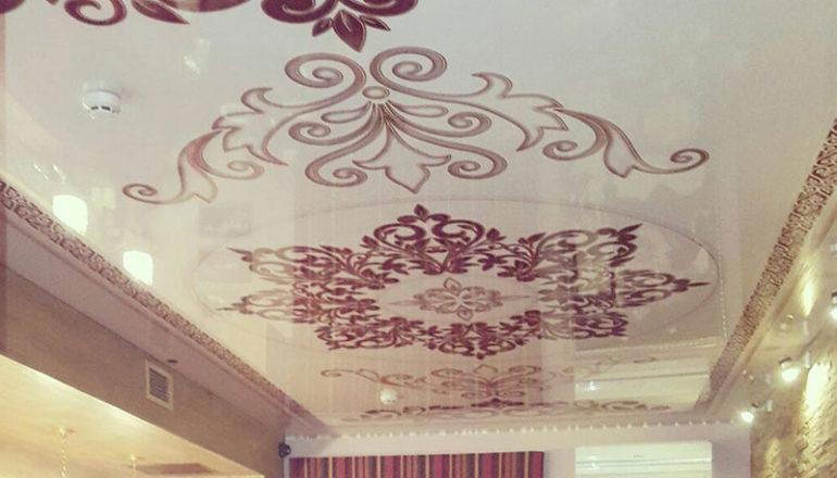 Натяжной потолок в кафе 32 кв